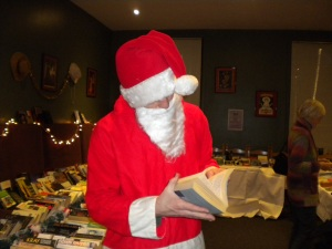 Books for all ages, tastes & languages!  Even Santa took time to find a good read for the Xmas hols!!